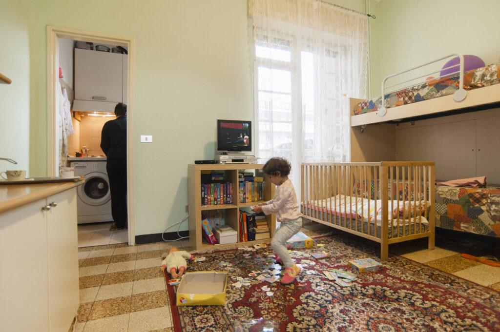 Un appartamento di OSF assegnato a una famiglia in povertà