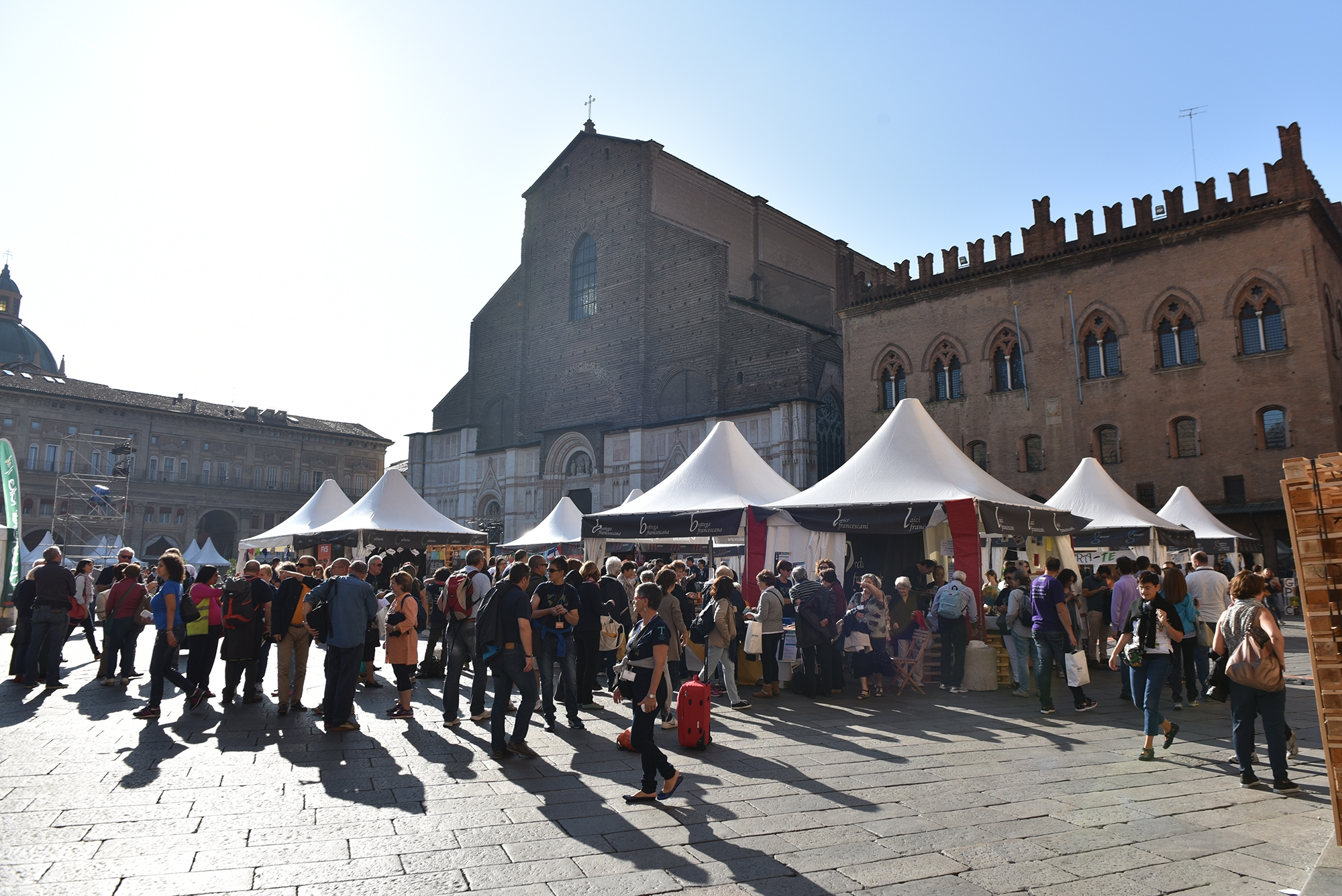Festival-Francescano-2015_stand-francescani_credit-Alberto-Berti