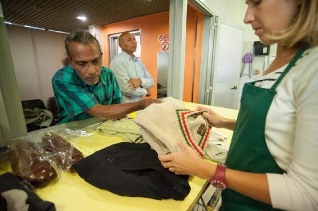 Donare vestiti ai poveri Milano